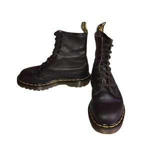 Dr. Martens Made in England 1460 Black Boots US 5